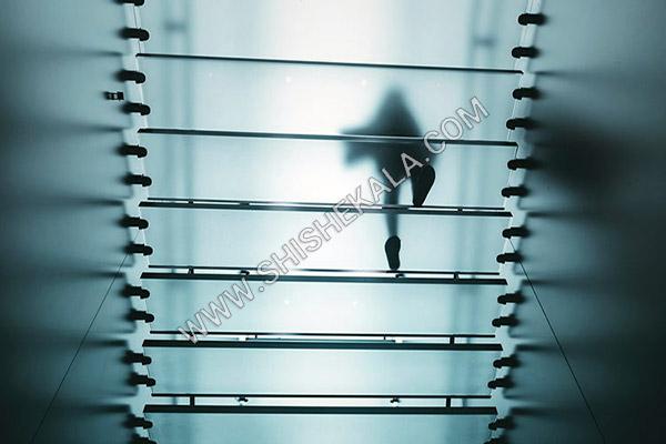 شیشه لمینیت پله